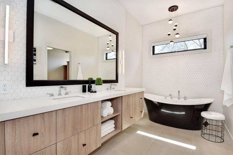PNE Prize Home - Master Bathroom